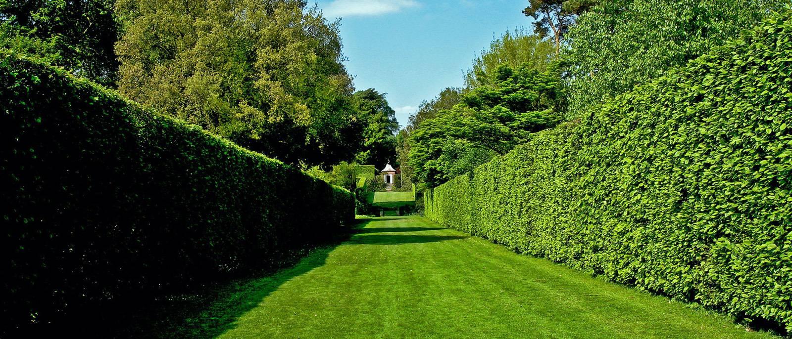 Hidcote-Manor-United-Kingdom-1680x720