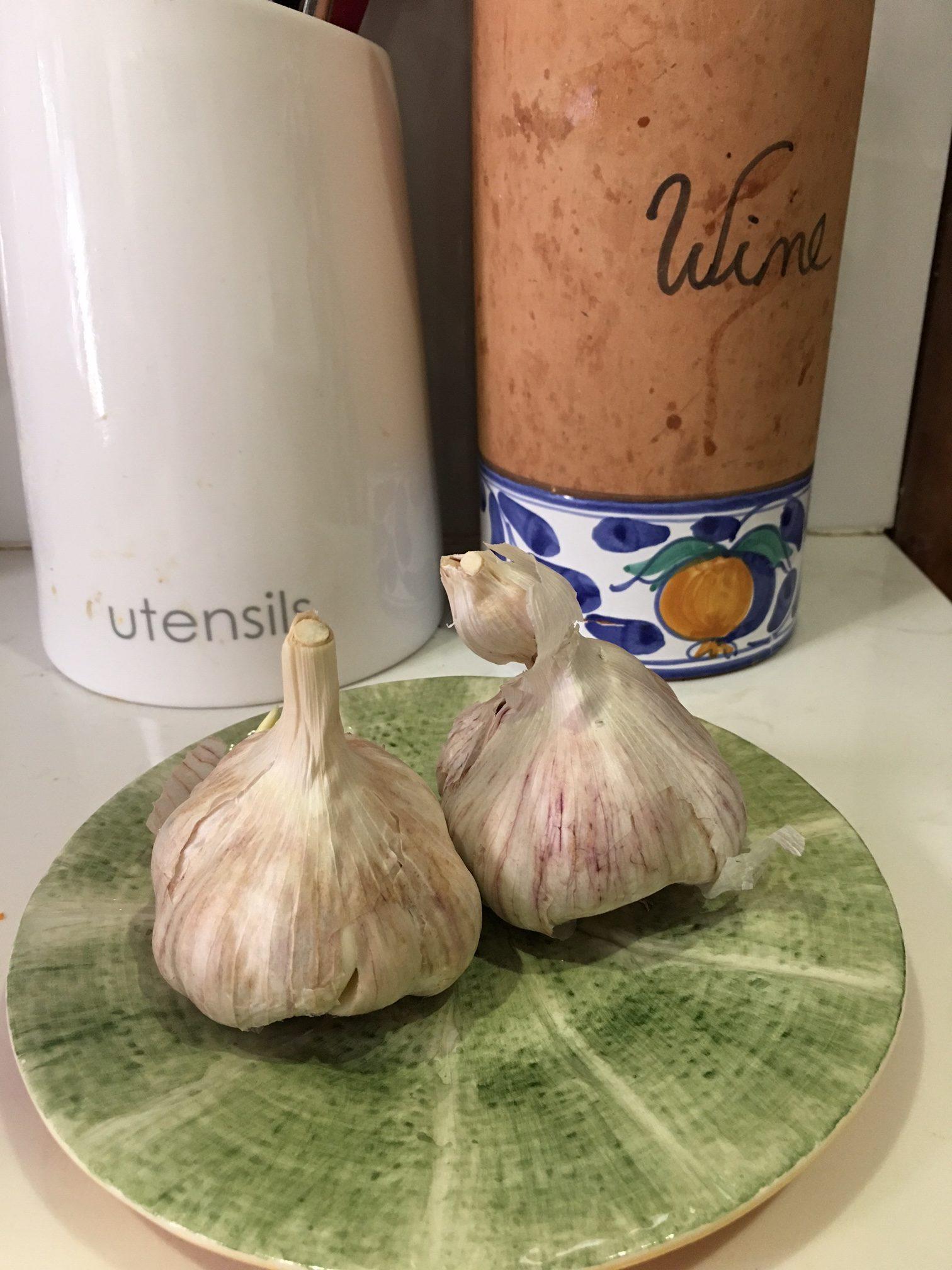 Garlic Cloves www.sabrinahahn.com.au www.hortwithheart.com.au